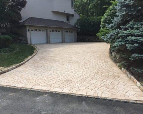 Primo Landscape Design driveway paver